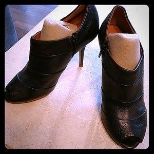 Zara Black Heeled Booties